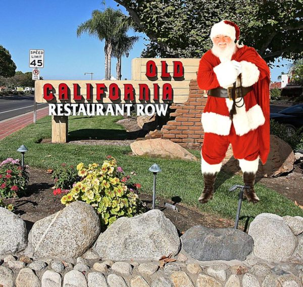 Free Pictures with Santa Clause Sunday Dec 6th 12 noon – 2 pm